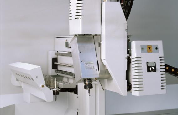 centro de mecanizado de aluminio modelo DALI